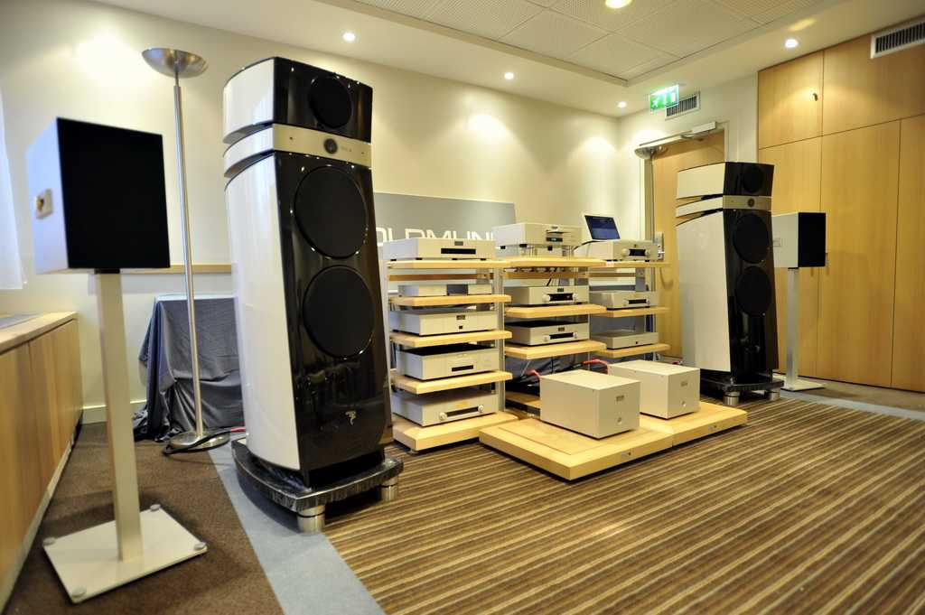 salon hifi home cinema 2009. Black Bedroom Furniture Sets. Home Design Ideas